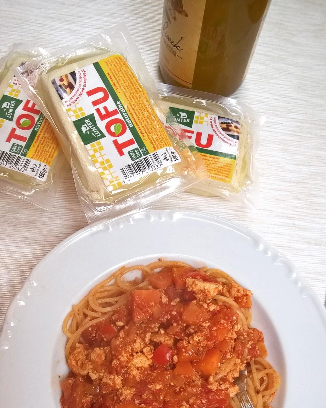 Spaghetti a'la bolognese ztofu